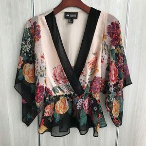 H&M Flowing Flower Blouse w peplum waist, v-neck